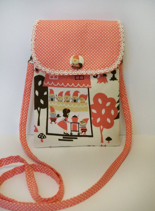Snow White and the Seven Dwarfs, lightweight messenger bag / cell phone pocket bag / three-tier package / debris bag