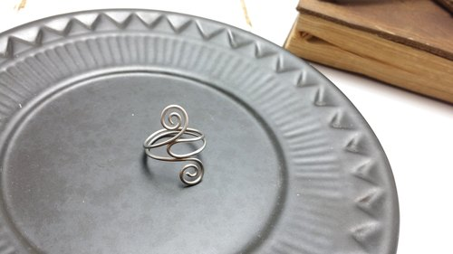 Ring ◎ minimalist style manual winding ring