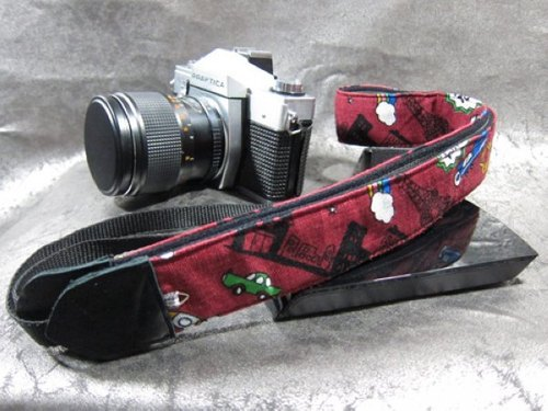 """ City Travel "" decompression strap camera strap 乌克丽丽吉 his push bike Camera Strap"