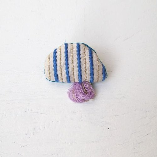 Jellyfish brooch No. 019 [MTO]
