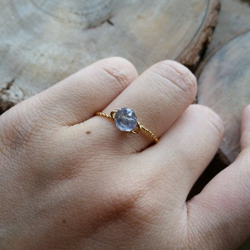 Please provide ring size when order - Gold-plated / silverplated ring with cordierite new gold-plated super-quality, heart-shaped cut cordierite ring