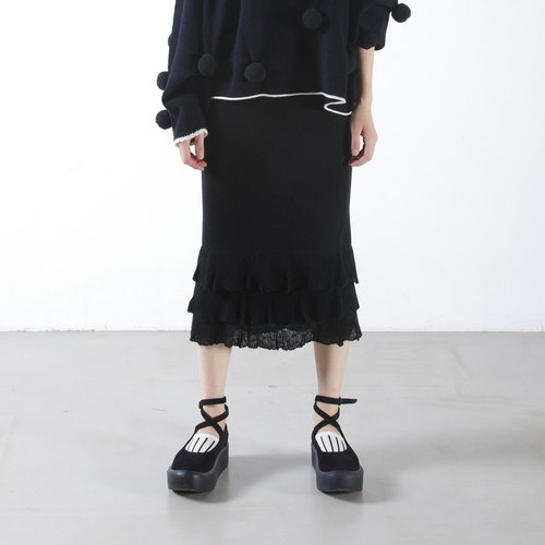 Black flounced skirts - imakokoni