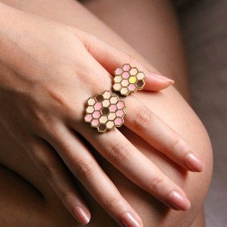 Honeycomb Ring / Adjustable