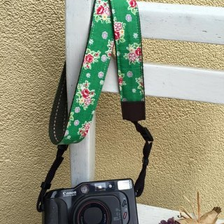 ﹞ ﹝ Clare cloth hand-made Japanese green background floral vintage camera strap