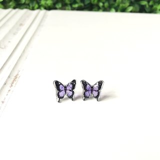*Haku‧Neko* Hand-painted Purple swallowtail butterfly earrings