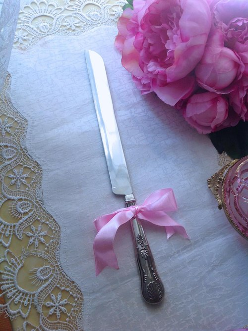♥ ♥ Annie crazy Antiquities British gold and silver, silver plated carved long cake knife wedding cake knife New original box containing the necessary utensils Tea joy ~