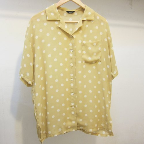 ✵ ✵ Yayoi mustard yellow little girl small side slits vintage shirt in Japan