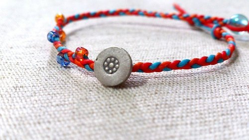 925 sterling silver flower medallion. Tricolor bracelet