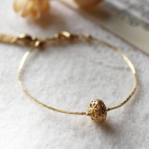 EF Golden Years NO.88 small hollow flower balls brass bracelet