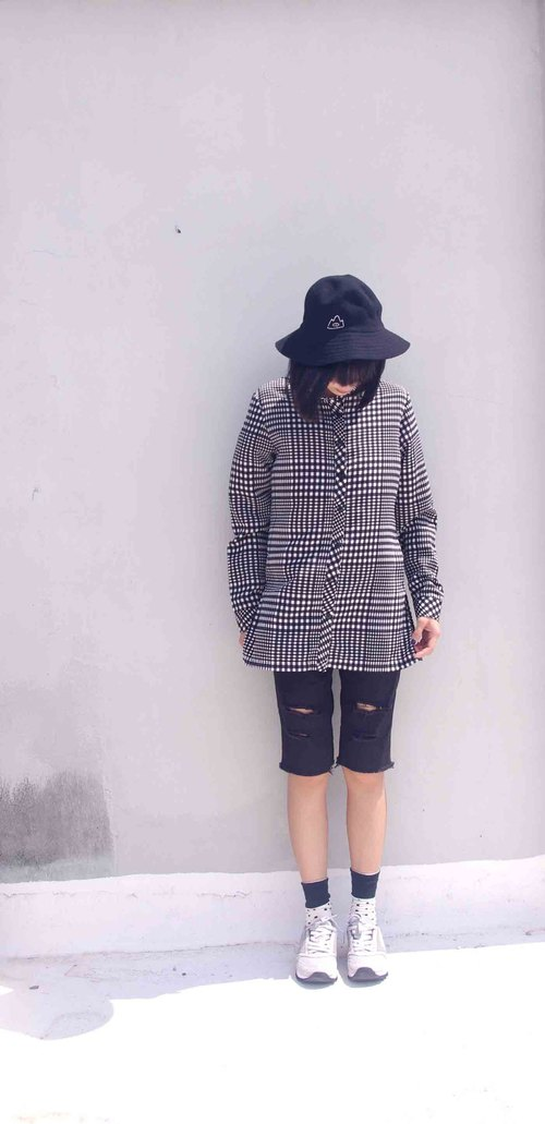 4.5studio- paddy rice to overseas vintage treasure hunt - black and white plaid shirt printing Long