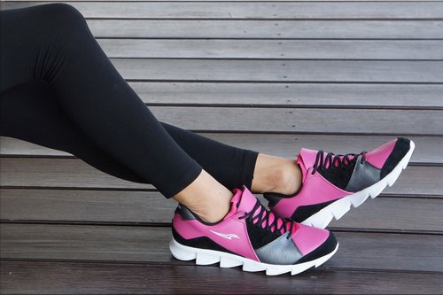 VPEP leisure jogging shoes / pink peach with gray / black / natural cowhide production, light and durable wear, for jogging, walking, long-distance travel, work (the final number of clear)