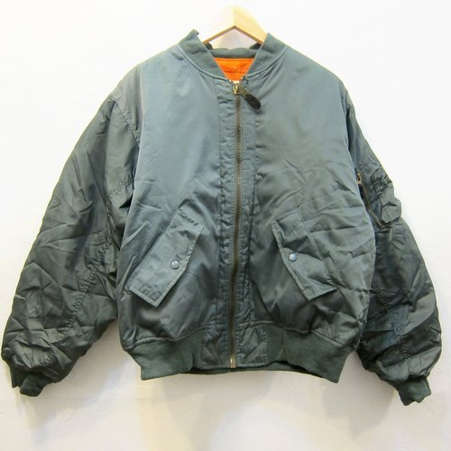 ✵ ✵ Lake Boyhood classic style green ma-1 flight jacket vintage jacket for men and women wear two neutral section