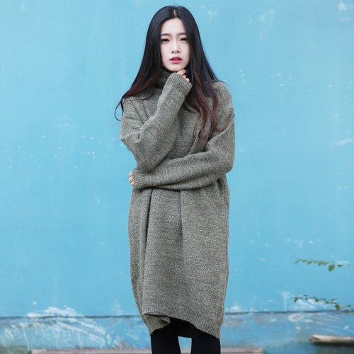 Annie Chen original design knit dress autumn and winter high-necked long-sleeved jacket art head dress women