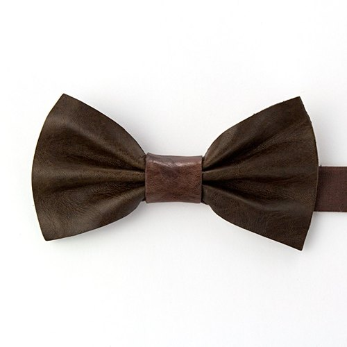 Leather Bowtie (Brown)