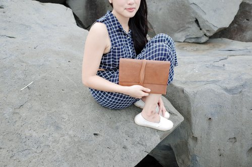 ▎Shekinah ▎ handmade leather - handle around the rope ipad bag