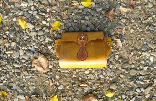 """Do not hit the bag,"" lemon vegetable tanned leather handmade full leather casual packet"