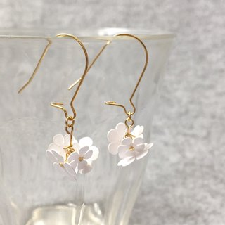 Pierce: Paper Flower Earrings 00