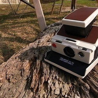 Vintage vintage Polaroid Polaroid sx-70 Model 2 white machine