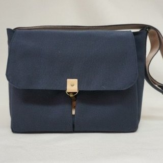Canvas shoulder bag a (message invited to discuss selected color)