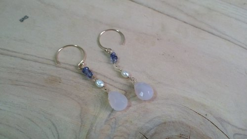 Kee Ling Tong set ornaments ~ 14KGF {lavender} Purple Sui natural pearl earrings hand-made of cordierite