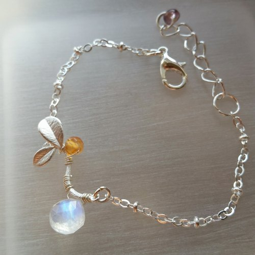 Moonstone and agate silver-plated bracelet Onystone Moonstone / Moonstone Silver Plated Bracelet