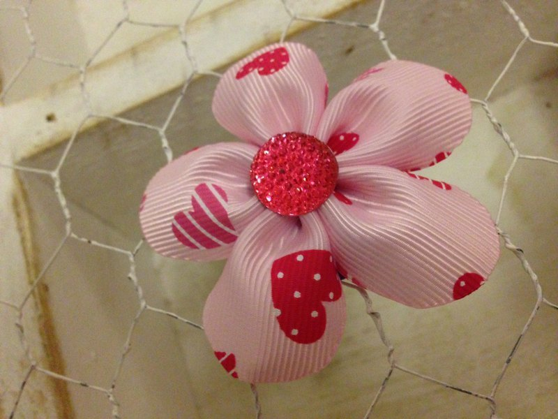 [100601] 5 braided handmade flowers (love small diamond flower) hairpin / tress / baby hair band / births ceremony
