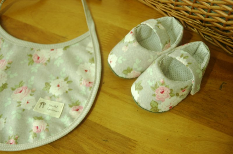 Hazel Nordic roses · Baby Shoes