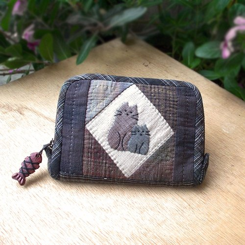 Patchwork collage cat purse - Hand bag as material
