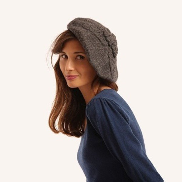 Grey Virgin Wool Leaf Beret