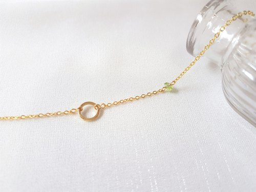Complementary ‧ hollow round pearl / olivine necklace (two)