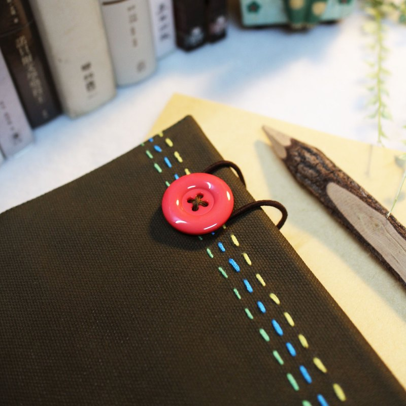 Hand clothes for the book An Autumn's Tale [notebook] army green canvas X pink subsection (Big = A5)