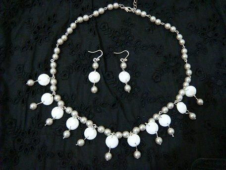 Valerie‧F earring necklace pearl ear hand design
