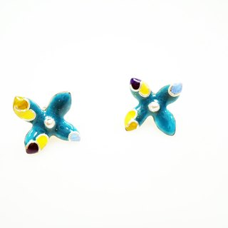 Flora Enameling Earrings enamel flower earrings (blue water)