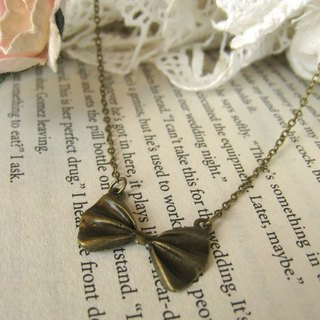 Simple small bow necklace, clavicle chain