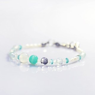 [Ofelia.] Natural Stone Series - Sterling Silver Natural Seawater Sapphire x Moonstone x Cordierite x Apatite x Tianhe Stone Bracelet [J60-Odelia]