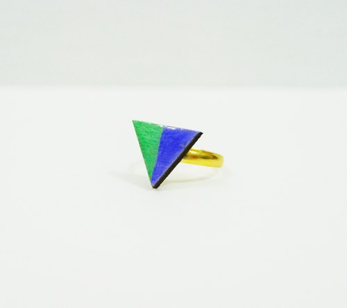 Hand colored wooden blocks Triangle Ring time