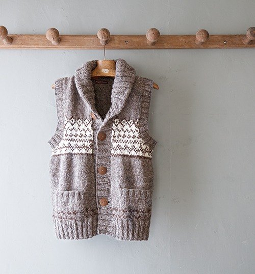 "Earth tree fair trade- ""hand-woven wool Series"" - hand-woven wool hooded striped vest (gray) is just a"