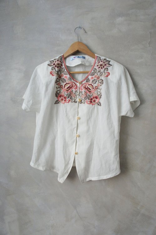 PdB vintage fine embroidery flower gold buckle knitting cotton shirt
