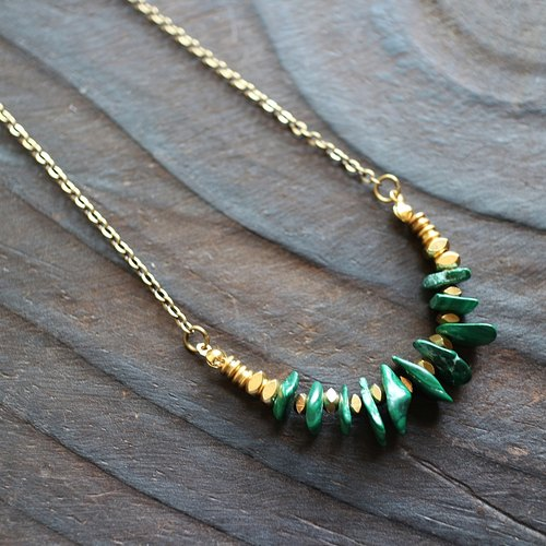 Muse natural wind series NO.109 green malachite gravel brass necklace