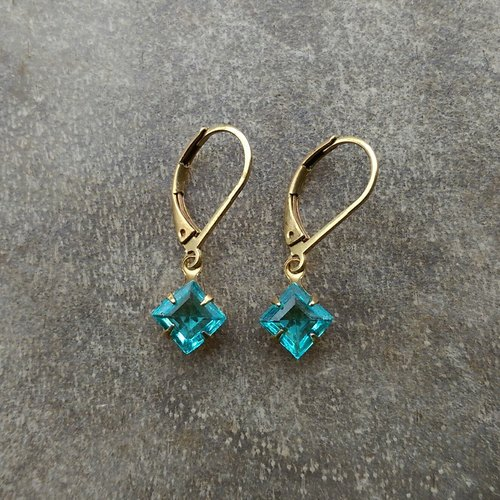 Simple antique aqua blue glass earrings