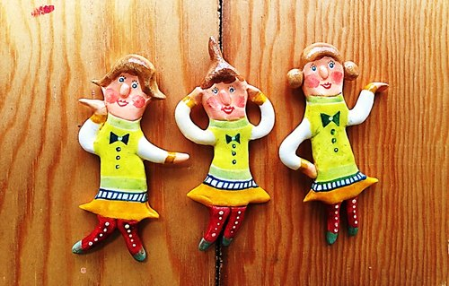 * People Tutu-- Christmas gifts. Shiny three sisters joy pin [doll 24.25.26]