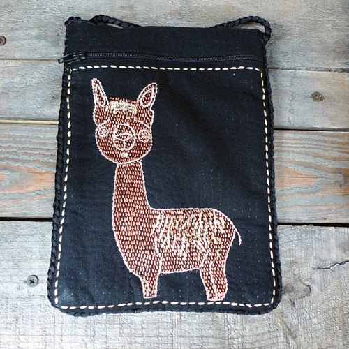 Alpaca dorsal hand embroidery _ packet (mud horse) _ black