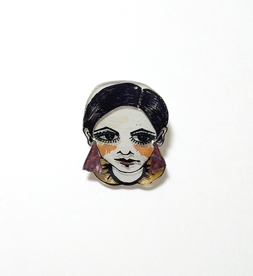 Twiggy's head pin -01
