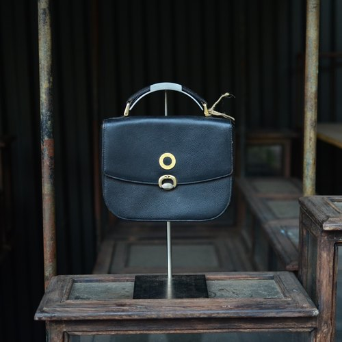Skarn Shika // Vintage bag Diners made classic leather handbag {A2-011}