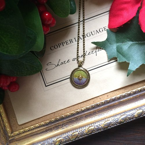 """Copper Languages"" little direction necklace - yellow purple gradient New Year gift / exchange gifts / birthday gift / Valentine / necklace / compass / 2016"