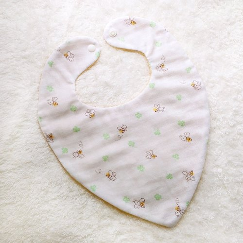 Bee Clover handmade baby bibs scarf paragraph