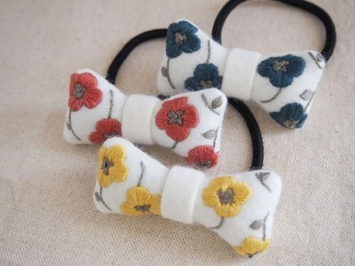 ribbon Embroidery Hair Accessory / Floral Pattern