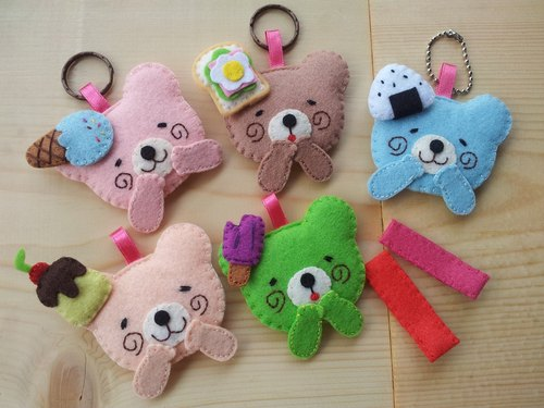 """Mini bear hand as a"" lovely dessert の Bears Hair / Charm / keychain"