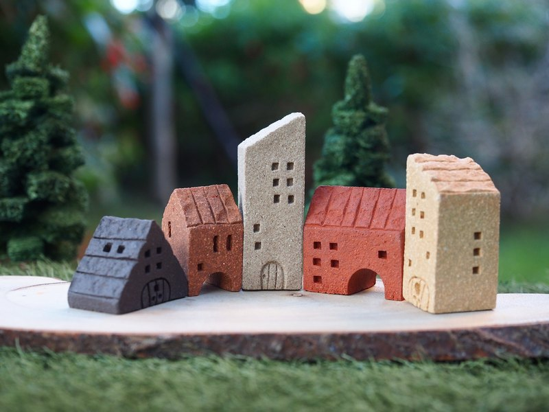 Simple Village] [small village hand-made pottery small house / street --5 pcs / group (four Jie window can be any combination)