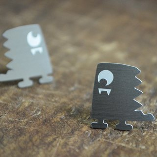 【One Eyed Dino】 Stainless Steel Earrings